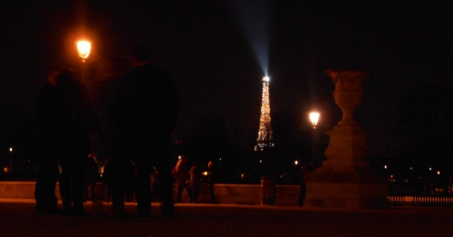 Tour Eiffel tuileries.jpg