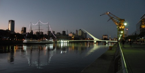 puerto madero by night.jpg